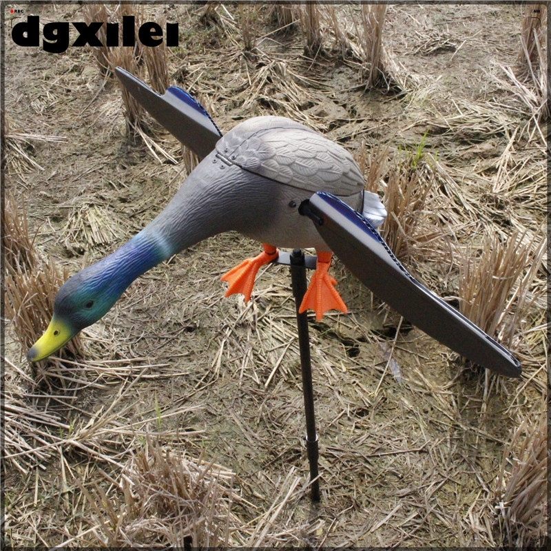 Wholesale Spain Hunting Duck Decoys Remote Control 6V Mallard Drake Decoy Camouflage Duck Hunting From Xilei xilei new arrival wholesale dc 6v remote control plastic mallard drake hunting decoys the hunting with magnet spinning wings