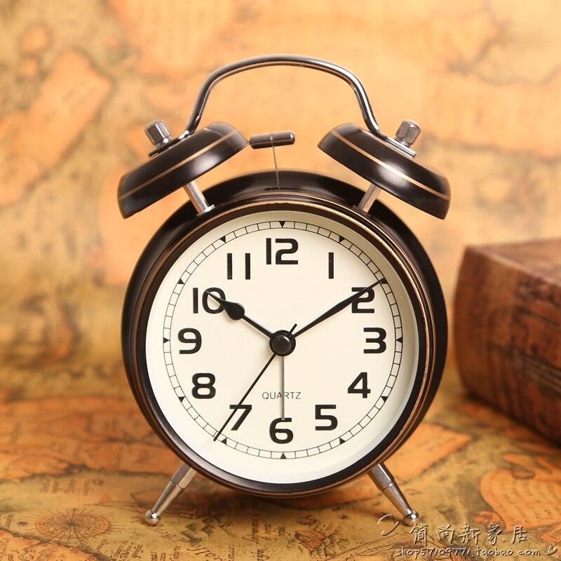 European Metal Alarm Clocks Black Modern Simple Student Clock Bedroom Quartz Luminous Clocks New Mens Gift Watches C017 clocks