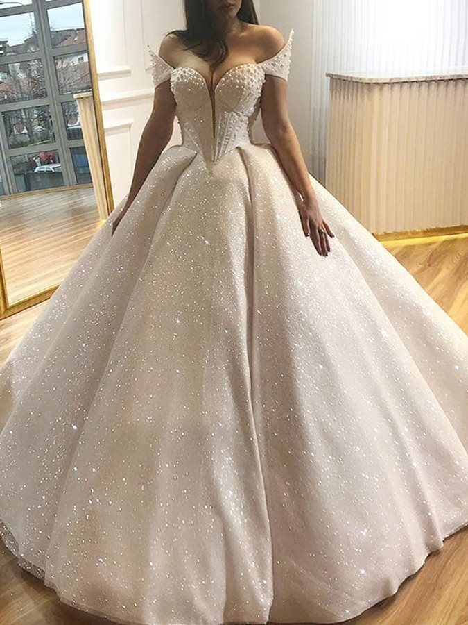 2019 Latest Bohemian Wedding Dresses Long Tulle Covered Button Illusion Sweetheart Neck Shining Crystal Beaded Bridal Gowns