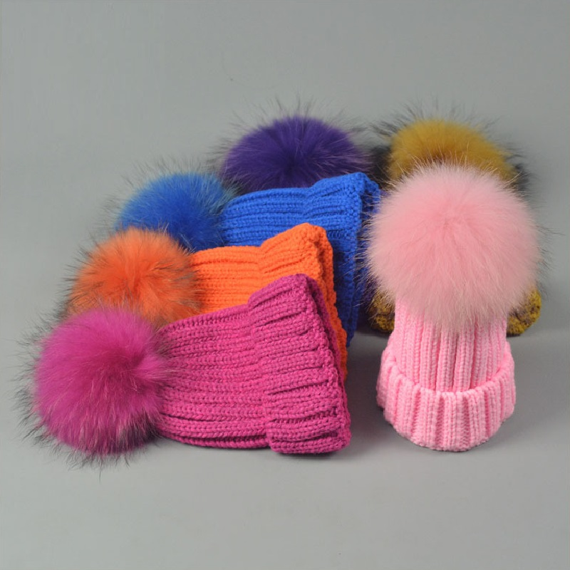 Winter Real Fur Hats Raccoon Pom Pom Ball Hat Women Knitted Crimping Headwear High Quality 18cm Hairball Warm Beanies Cap CP053
