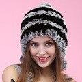 Otoño e invierno la nueva mujeres calientes del sombrero real verdadera del cuero fashLady de nuevo llega el otoño invierno Rex rabbit fur orejeras sombrero bolas