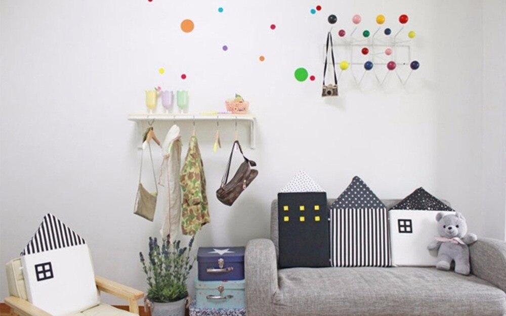 kids room cushion (1)
