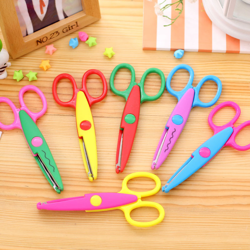 6 Patterns Laciness Scissors DIY Scrapbooking Photo Scissors Paper Lace Diary Decoration Plastic Handmade Children Safe Scissors