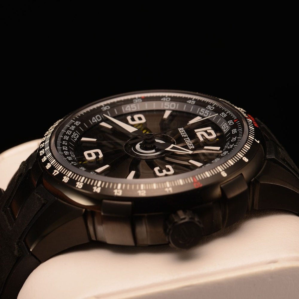 New 2019 Reef Tiger RT Men 39 s Sport Automatic Watches Black Steel Military Watch Luminous Watch Waterproof Luxury Brand RGA3059 in Sports Watches from Watches