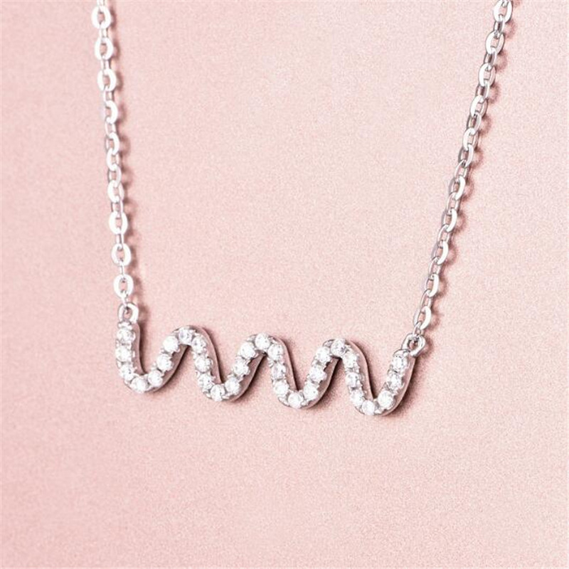 2018 Fashion Water Wave Necklaces Pendants Bijoux Femme Collar Choker Bib Necklace Women Statement Necklace 18K Gold Accessories in Necklaces from Jewelry Accessories