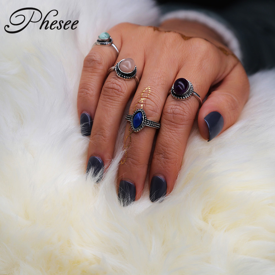 Phesee 4pcs/sets New Fashion Vintage Punk Antique Silver Color Boho Style Female Charms Jewelry Ring Set For Women