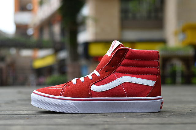 bbbd37b6ba0 Free Shipping VANS classic red and white high and low to help OLD SKOOL  Men s canvas shoes