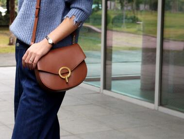 The new chic Korean version of the oblique slung saddle bag women fashion styel classic bags