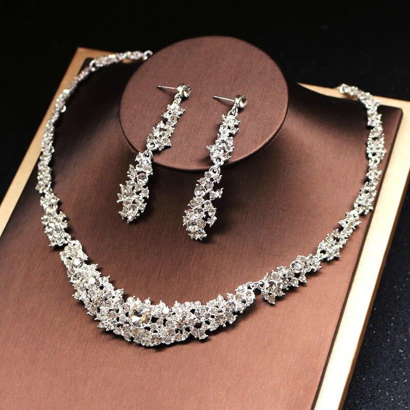 Alexzendra Wedding Jewelry Classic Indian Bridal Necklace Luxury Crystal Rhinestones Jewelry for Wedding