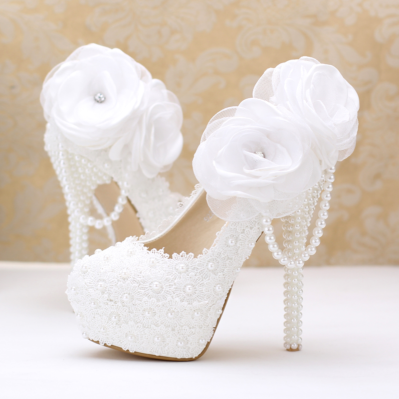 White lace flower wedding shoes high-heeled shoes super waterproof wedding bride with fine pearl pendant women shoe shoes 2017 fashion flowers diamond pendant bride shoes high with fine with photography single shoes for women s shoes wedding shoes