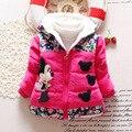 Горячая распродажа 2015 новорожденных девочек пальто дети минни куртки мода с капюшоном дети на открытом воздухе парка теплой цветы хлопок - мягкие-пальто