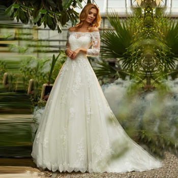 Plus Size Sexy Off The Shoulder Boat Neck Wedding Dress Long Sleeves Appliques Lace Wedding Gowns Boho Bride Dress