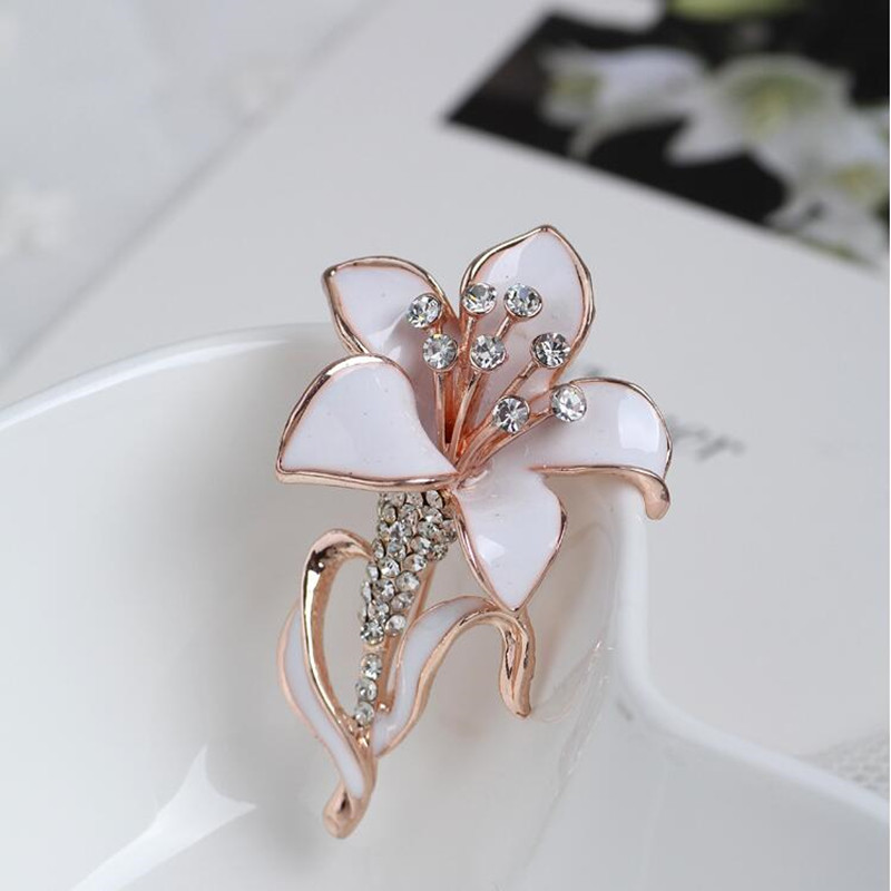 Rose White Plated Lovely Romantic Flowers Brooches Jewelry Print Technology Safety Pins Full Crystal Brooches For Women Bridal