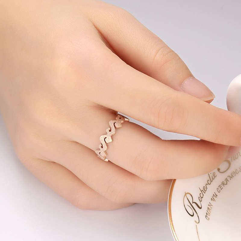 New Design Female Quality Rose Gold Ring Matte Finish Wedding Ring ...