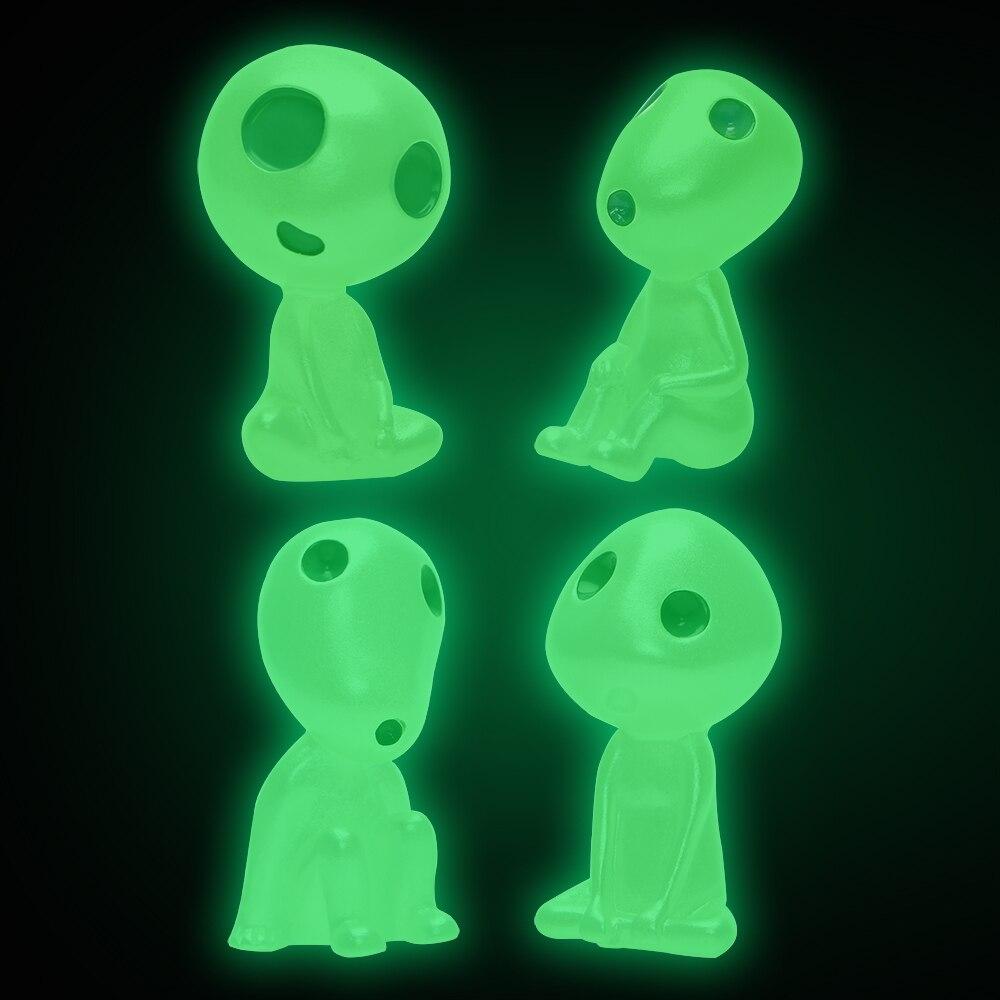 Auto Decoration Cartoon Interior Accessories Mini Alien Dolls Resin Cute Car Ornament Luminous Car-styling