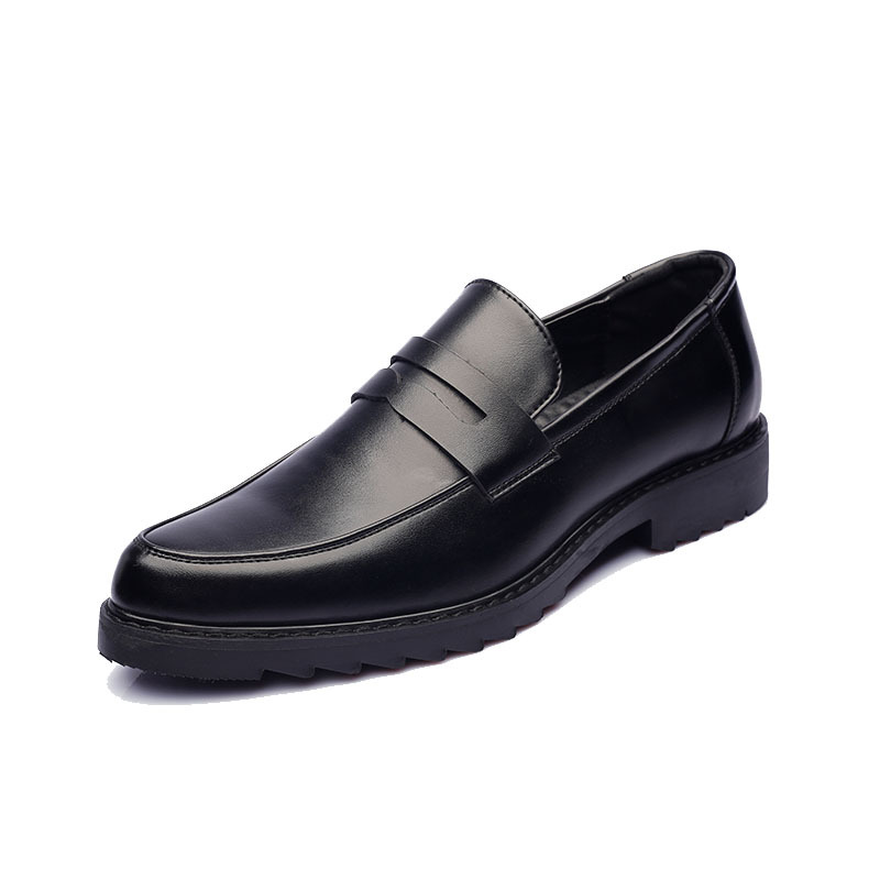 a30eb0b12b0 US $28.0  2018 fashion gold Tassel of Red Bottom Loafers Gentleman Luxury  Stress Shoes Men Brand Men Shoes Italian Formal Oxford footwea-in Men's ...