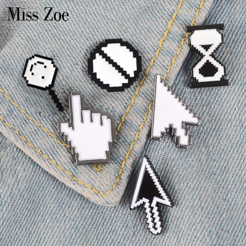 7Styles Cursors Enamel Pin Mouse Arrow PS Toolbar Badge Custom Brooch Denim Shirt Lapel pin White Simple Designer Jewelry Gift