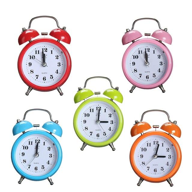 Moda portátil Clássico Silencioso Alarme Duplo Sino do Relógio Movimento de Quartzo de Cabeceira Luz Da Noite Melhor Qualidade