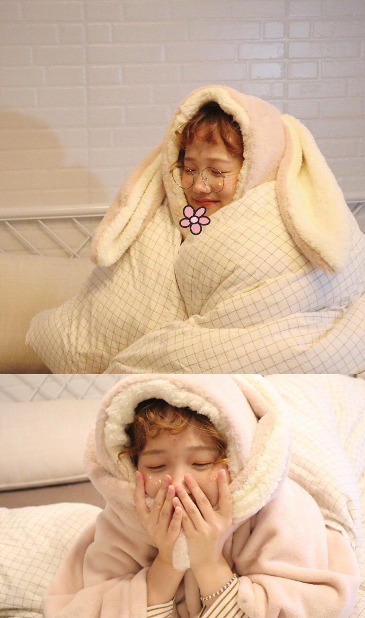 Cute Pink Comfy Blanket Sweatshirt Winter Warm Adults and Children Rabbit Ear Hooded Fleece Blanket Sleepwear Huge Bed Blankets 53