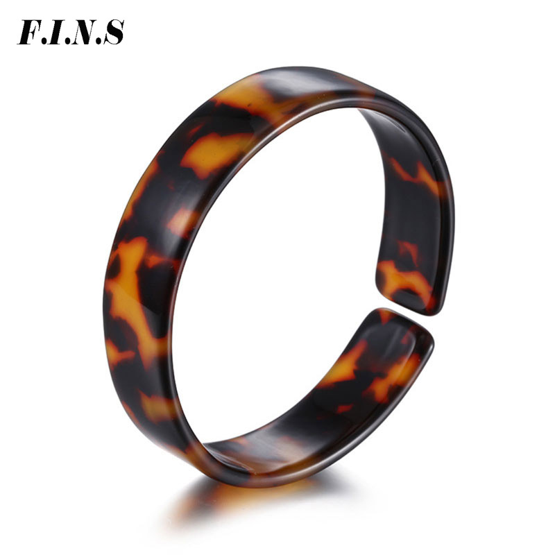 F.I.N.S Acetic Acrylic Stackable Bangles 7 Colors Cuff Bangles for Women 2018 New Arrivals Boho Style Fashion Cloth Accessories