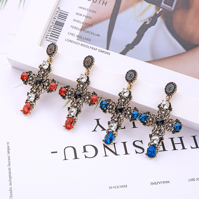 KISS ME Religious Style Luxury Blue&Red Crystal Glass