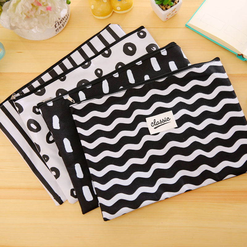 Simple Style Black White Stripes Cosmetic Bag Pouch Women Canvas Organizer Case Cosmetic Pouch Makeup Bag Toiletry Beauty Bag