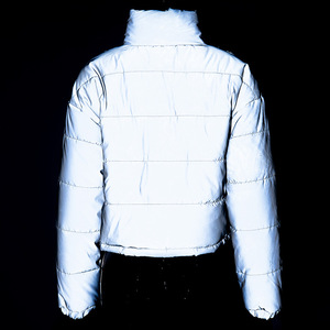 Image 5 - אופנה חורף רעיוני למטה מעילי נשים רסיס קצר מעיל נשי גולף מרופד מעיל לילה מבריק המשאף מעיל