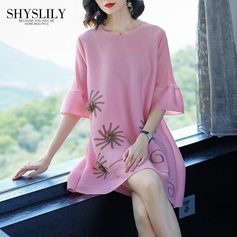 Plis 45 Flare Cou Mini La Plus Pour O gray Miyake Applique Robe 80 pink Manches Taille Casual Nouveau Élégant Femmes Poids Mode Kg Black Z8qUzP8A
