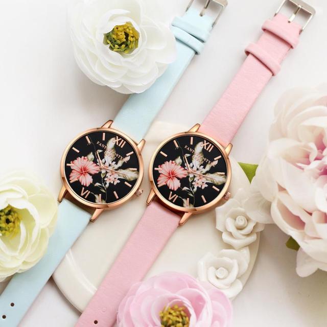 Women's Floral Design Leather Band Quartz Wristwatches