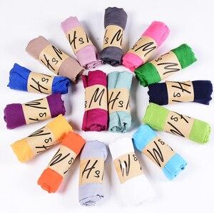 Image 3 - Neue Ankunft 45*180 CM Klassische Premium Viskose Maxi Crinkle Wolke Hijab Schal Schal Weichen Islam Muslim Schals Winter mädchen Schal