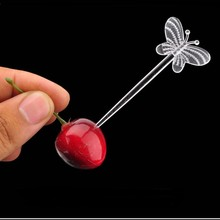 Clear Plastic Butterfly Fruit Cocktail Sticks Creative Cake Vegetable Picks Sandwich Appetizer Picks Party Favor 200pcs/LOT цена