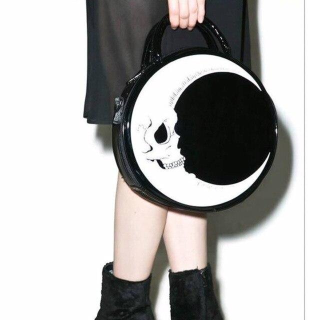 JIEROTYX Frauen Dame Mädchen Punk Dark Schädel Kopf Donner Flash Gedruckt Gothic Kreuz Körper MOND Messenger Bag Runde Handtasche Harajuku