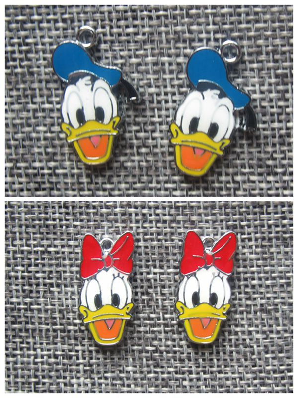 Hot Sale 10 pcs Cartoon Donald Duck Daisy Charm Pendants DIY Jewelry Making Accessories For Best Gift kW-1 image