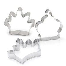 Princess Crown Stainless Steel Royal Crown Biscuit Mold Bakeware Cake Mold DIY Party Cookie Cutter King Queen Cake Baking Tools(China)