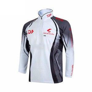 Image 4 - Professional Brand Fishing Clothes 2020 New Daiwa Fishing Shirt Breathable Quick Dry Anti UV Long Sleeve Fishing Clothing