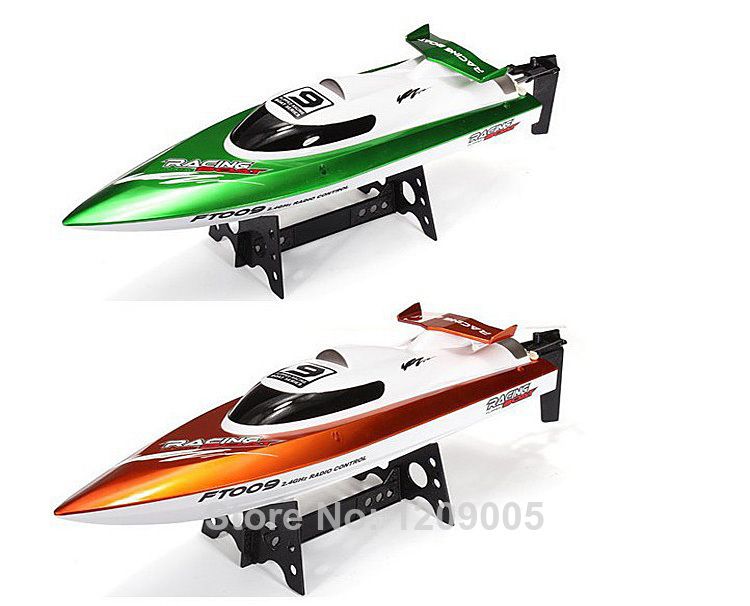 New Remote control boats Feilun FT009 FT007 Upgraded 2.4G remote control toys 4CH Water Cooling High Speed RC Boat купить недорого в Москве