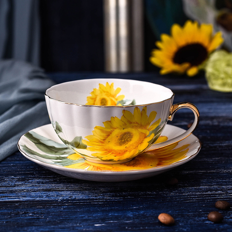 Fine Bone China Tea Coffee Cup Saucer Set Sunflower Pattern Teacup Set Modern Ceramic Coffee Cups Fancy Porcelain Tea Cup Gift