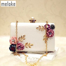 Meloke 2019 high quality women handmade flowers evening bags mini wedding dinner bags luxury clutch purse with 2 chains(China)