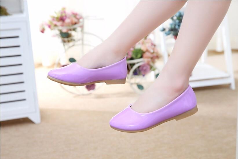 girl leather shoe-32