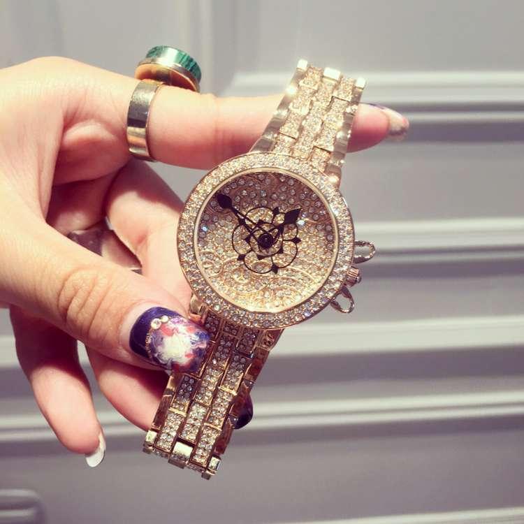 Luxury Fashion Ladies Women Wristwatch Pointer Rhinostone Sparkling Shining Quartz Watch Montre Femme Relogio Feminino OP001