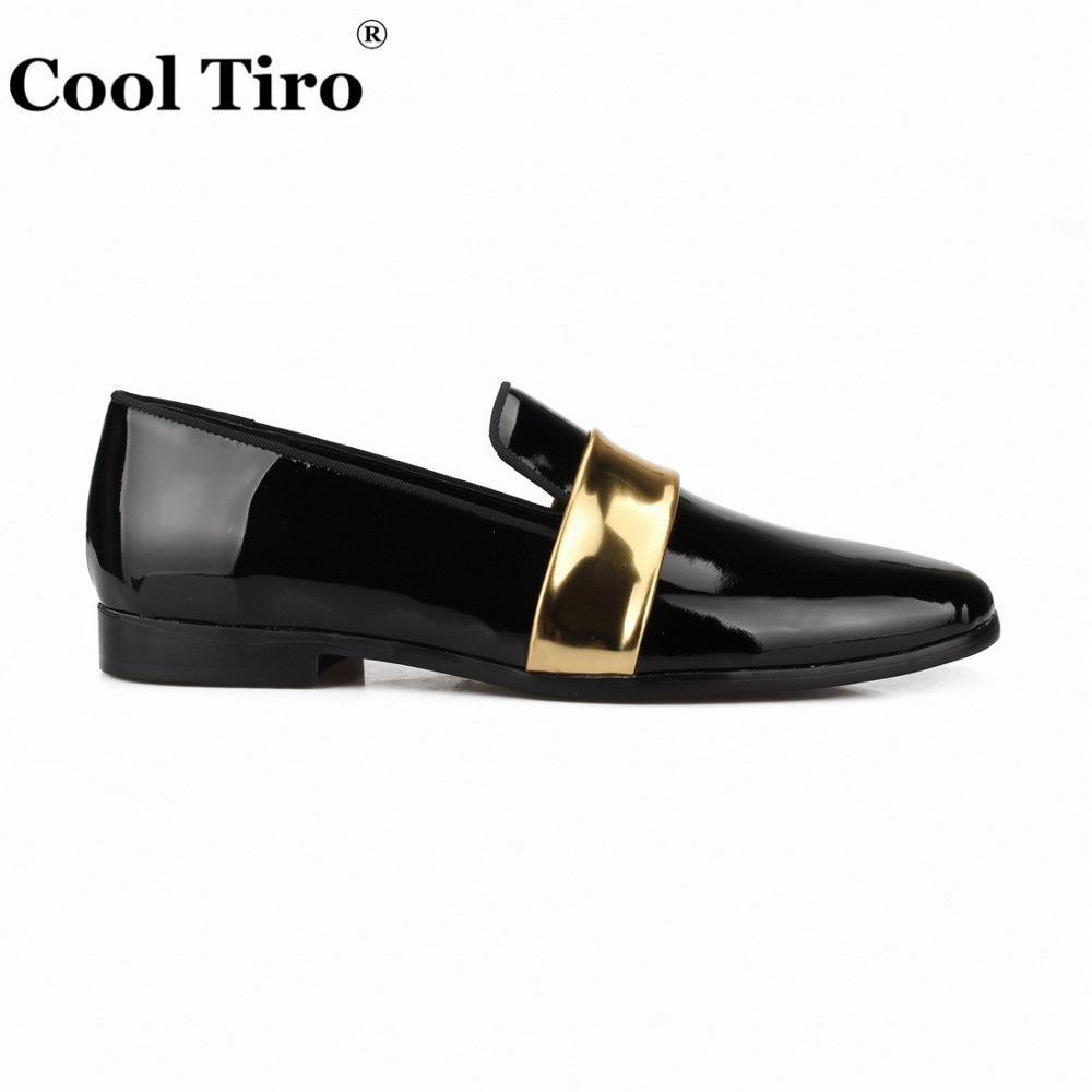 クールtiroブラックパテントレザーメンズローファーでゴールドベルトスリッパモカシン男性のドレスシューズウェディングパーティー干潟カジュアル靴  グループ上の 靴 からの 正式な靴 の中 2