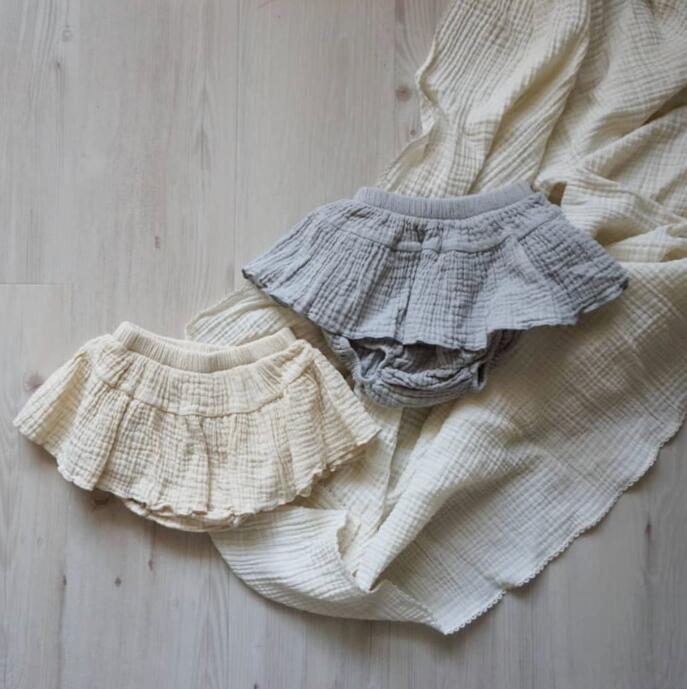 The baby cotton shorts boys and girls shorts in summer