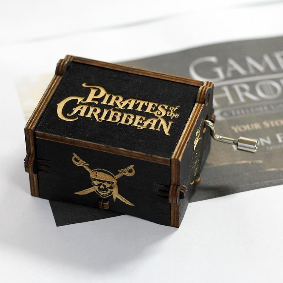 Лидер продаж деревянная ручка музыкальная шкатулка игра трон Пираты Кариб Звездные войны замок Inthe Sky Рождественский подарок - Цвет: Pirates of the Carib