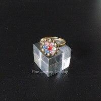 Chiaro di piccola dimensione anello porta gioielli display acrilico block per la vendita al dettaglio mostra 30x30x30mm