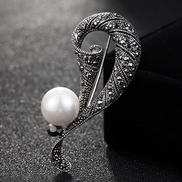 Blucome Vintage Pearl Brooch For Women Wedding jewelry White Gray Pearl  Brooches Bouquet Fashion Hijab Scarf