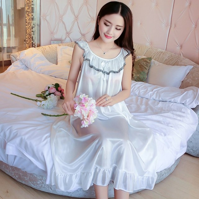 Hot Women Night Gowns Sleepwear Nightwear Long Sleeping Dress Luxury Nightgown  Women Casual Night Dress Ladies Home Dressing 8f8a22110