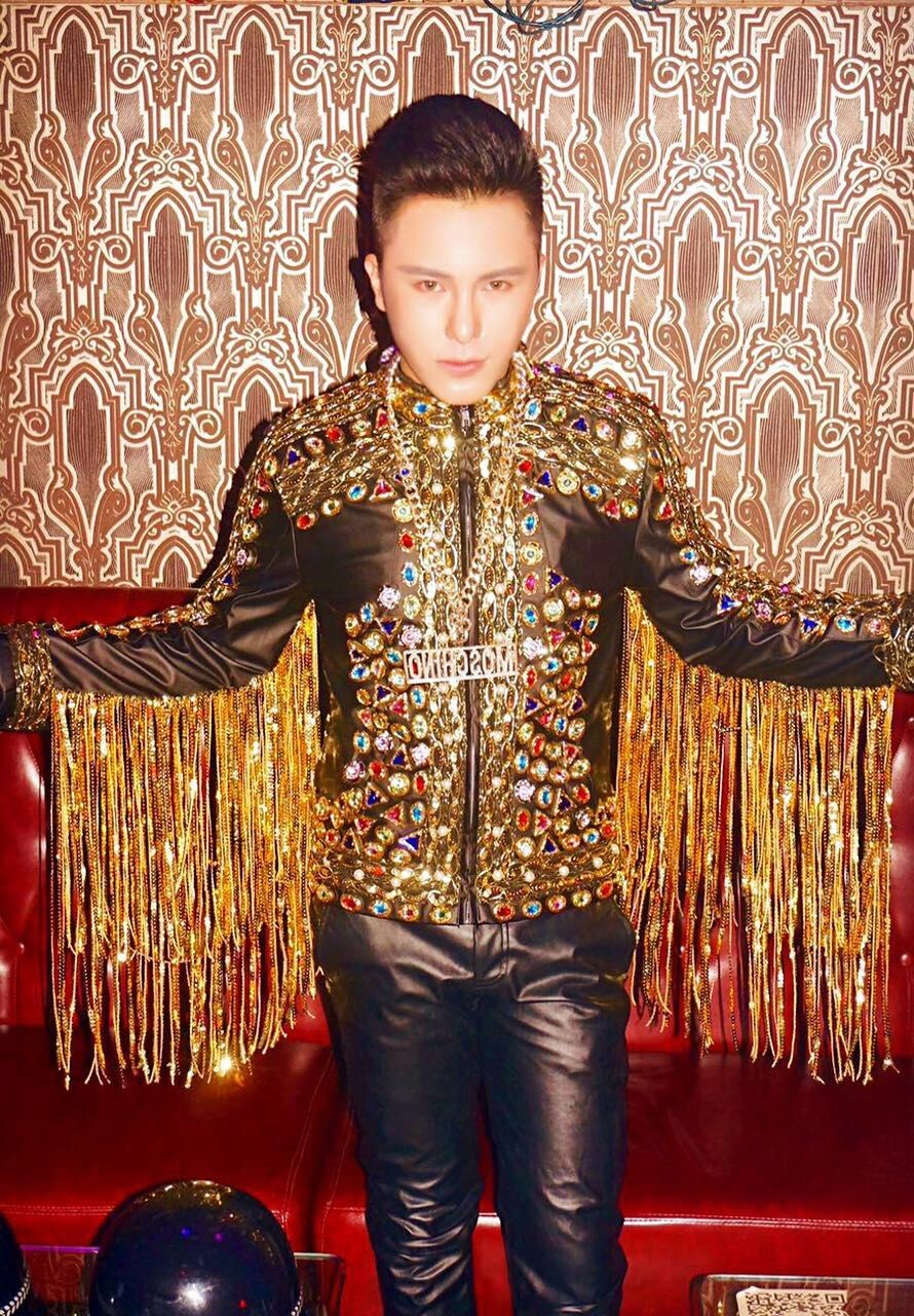 Quality Handmade Nightclub Male Singer Baroque Palace Leather Jacket Costumes  Party Show Stage Performance Wear