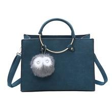 Berühmte Designer Peeling Top-Griff Weiblichen Schulterbeutel Mit Fellknäuel Einkaufstasche Mode Tragbaren Handtaschen Bolsa ZZ566