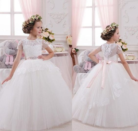 New Fluffy Tulle Lace White Flower Girl Dress for Wedding Short Sleeve Ball Gown 2018 First Communion Gown Any Size sweetheart open back short sleeve ball gown wedding dress