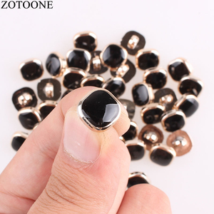 ZOTOONE 100Pcs Diy Handmade Metal Snap Buttons for Clothing Christmas Scrapbooking Noel Accessories Sewing Coats Button Scrabook